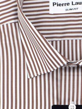 Приталенная мужская рубашка в коричневую полоску