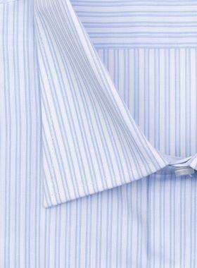 Классическая (прямая) мужская рубашка голубую полоску с коротким рукавом