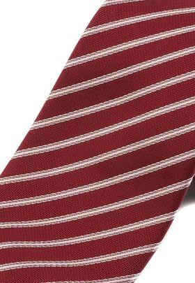 Классический красный мужской галстук в полоску
