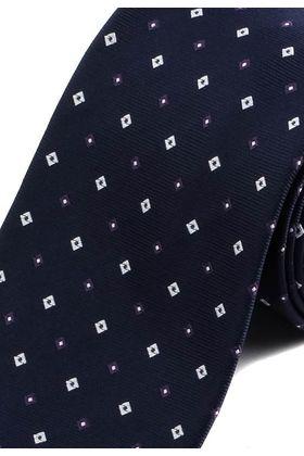 Классический мужской галстук темно-синего цвета с геометрическим узором.