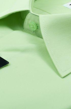 Салатовая мужская рубашка c коротким рукавом