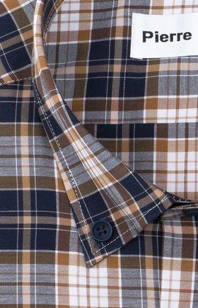 Приталенная мужская рубашка в темно-синюю и коричневую клетку